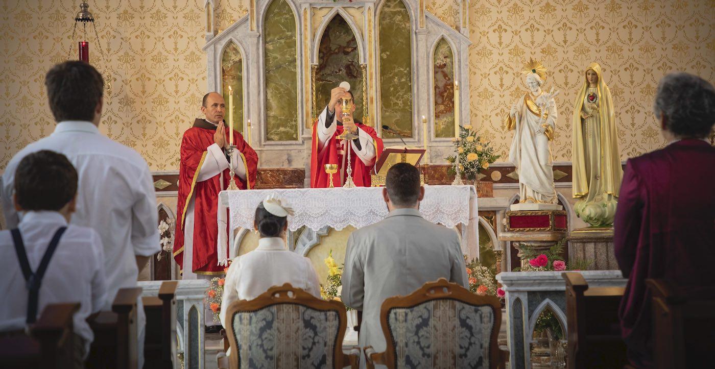 Que os Santos intrometam no seu Casamento